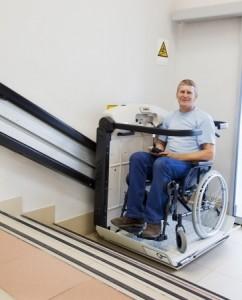 Rollstuhllift im Haus